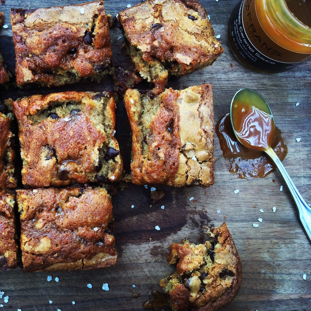 { salted caramel + salted caramel blondies } @ displacedhousewife.com