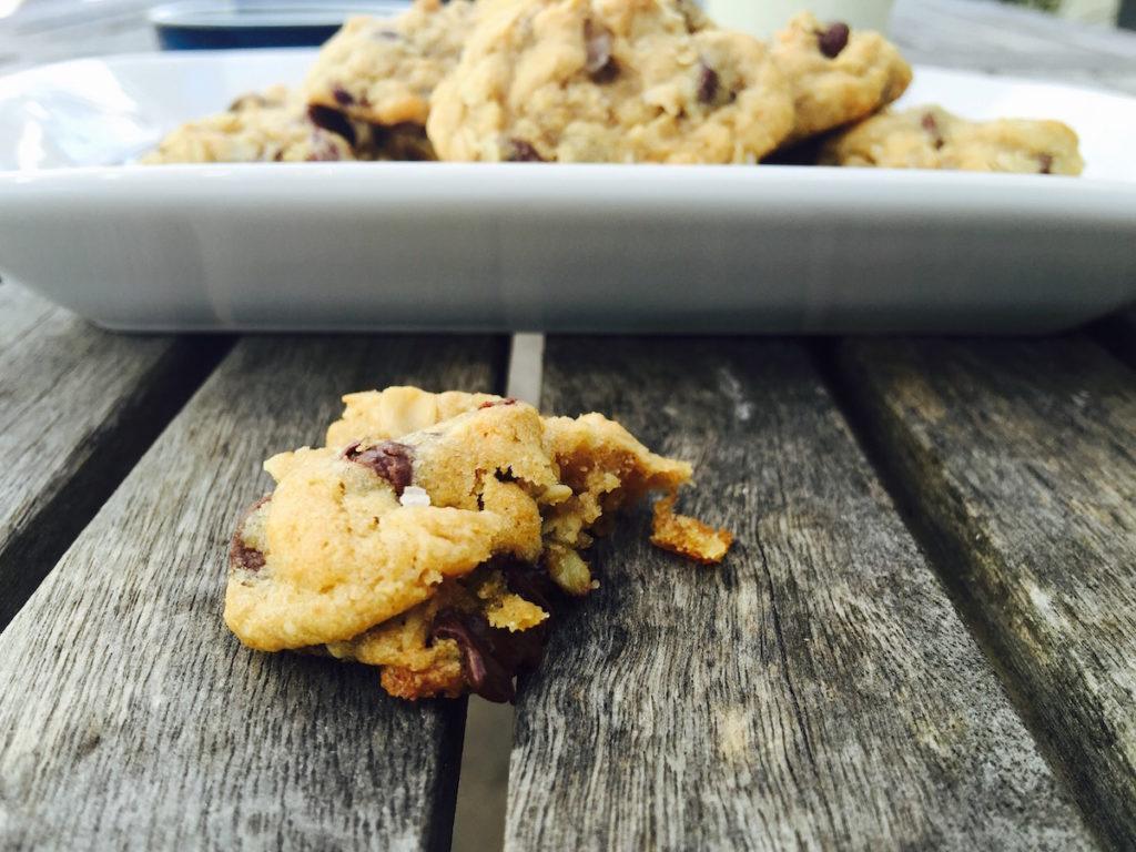 { dark chocolate + tart cherry cookies } DisplacedHousewife
