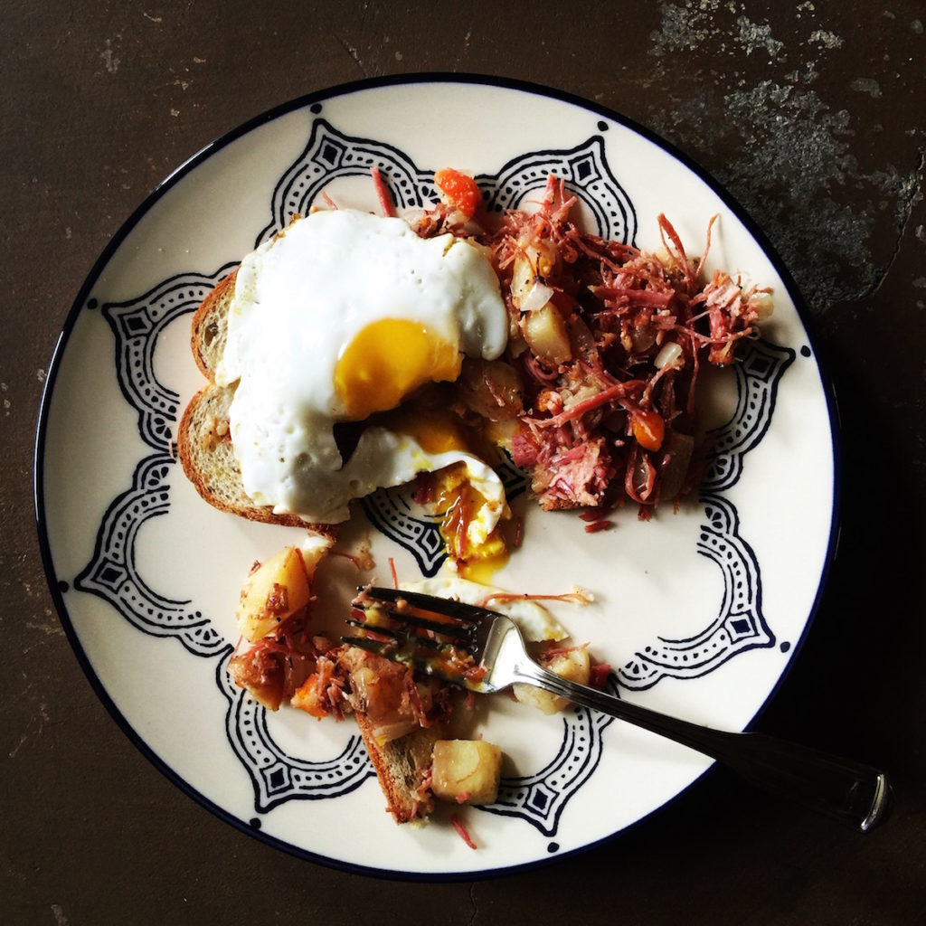 { corned beef hash } DisplacedHousewife