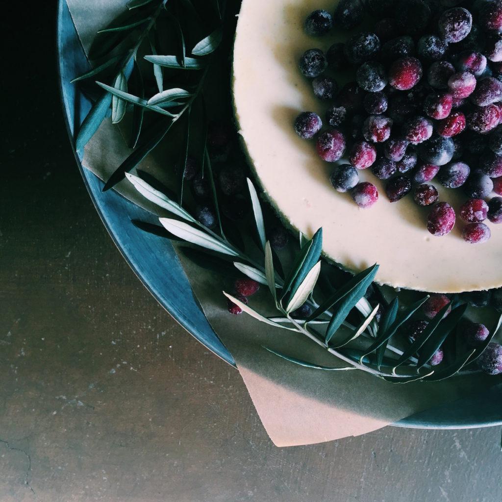 boozy sugared cranberry cheesecake   Recipe via DisplacedHousewife