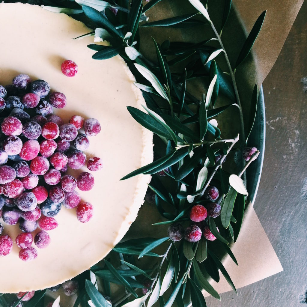 boozy sugared cranberry cheesecake | Recipe via DisplacedHousewife