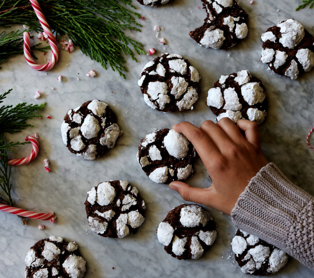 Chocolate Peppermint Crinkles Recipe | DisplacedHousewife