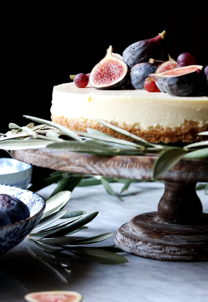 Crème Frâiche Cheesecake With Pretzel Crust + Brûléed Figs and Grapes | DisplacedHousewife