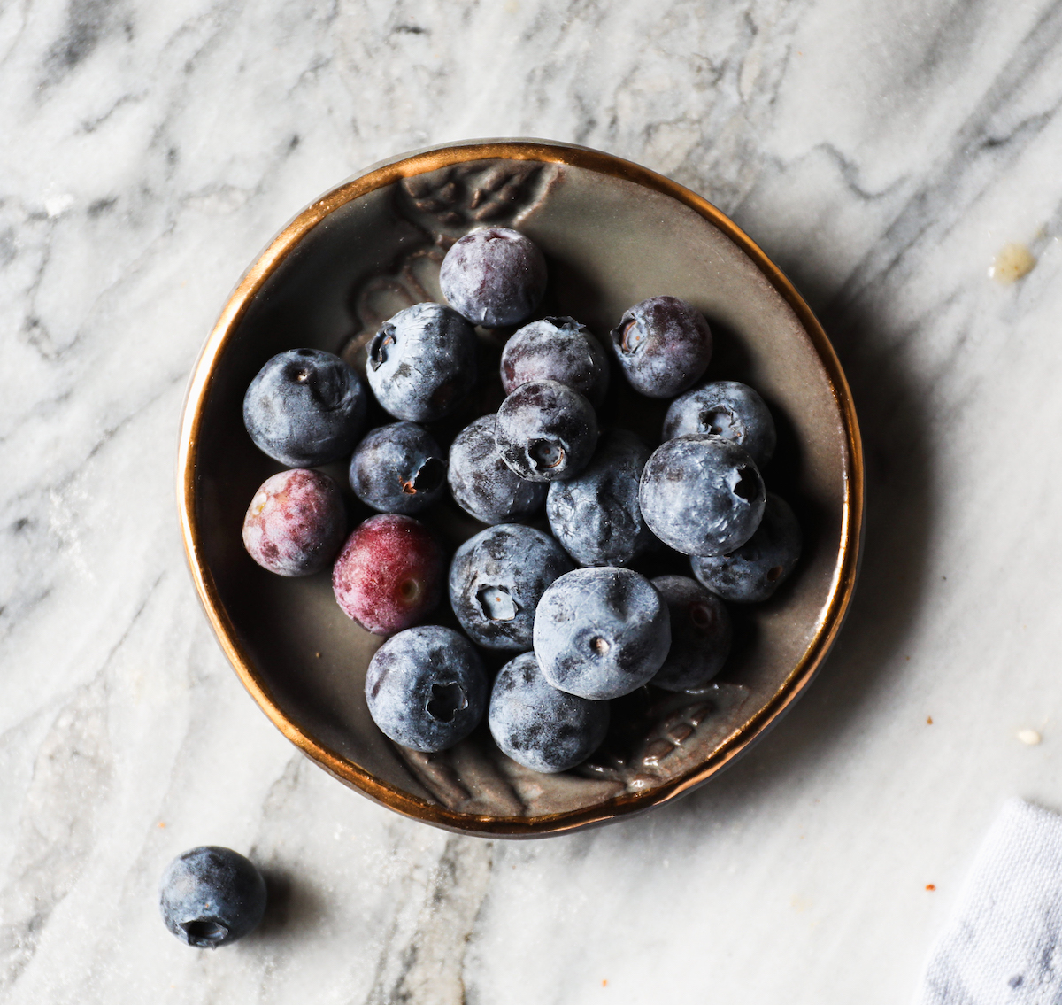 Bowl of Blueberries | DisplacedHousewife