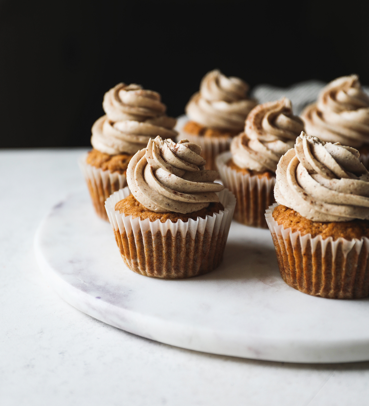 Pumpkin Cupcakes with Chai Frosting Recipe   DisplacedHousewife
