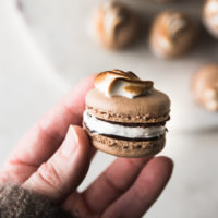 Mexican Hot Chocolate Macarons | recipe via DisplacedHousewife Rebecca Firth | heaps of tips + details