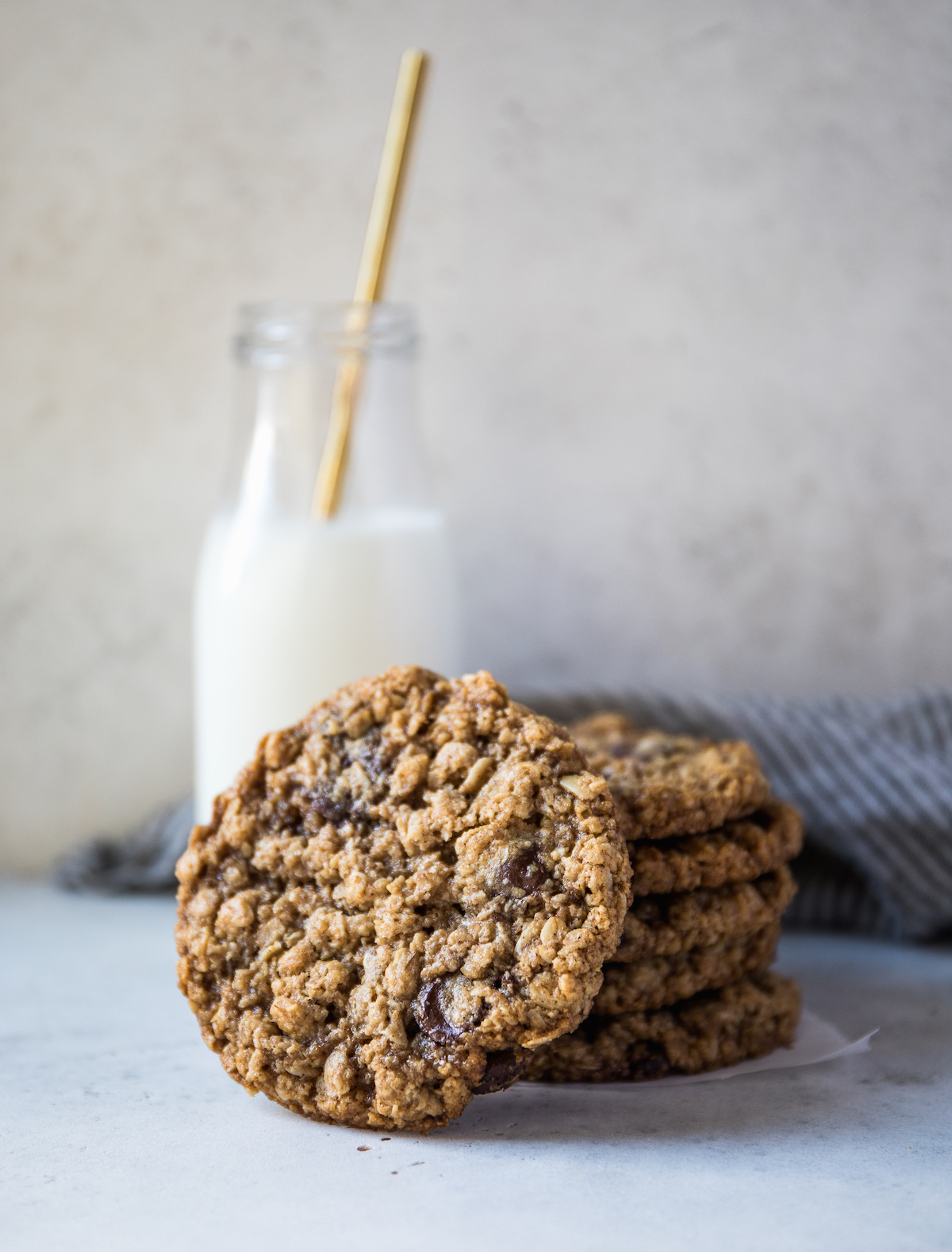 Vegan GF Chocolate Chip Oatmeal Cookies -2631